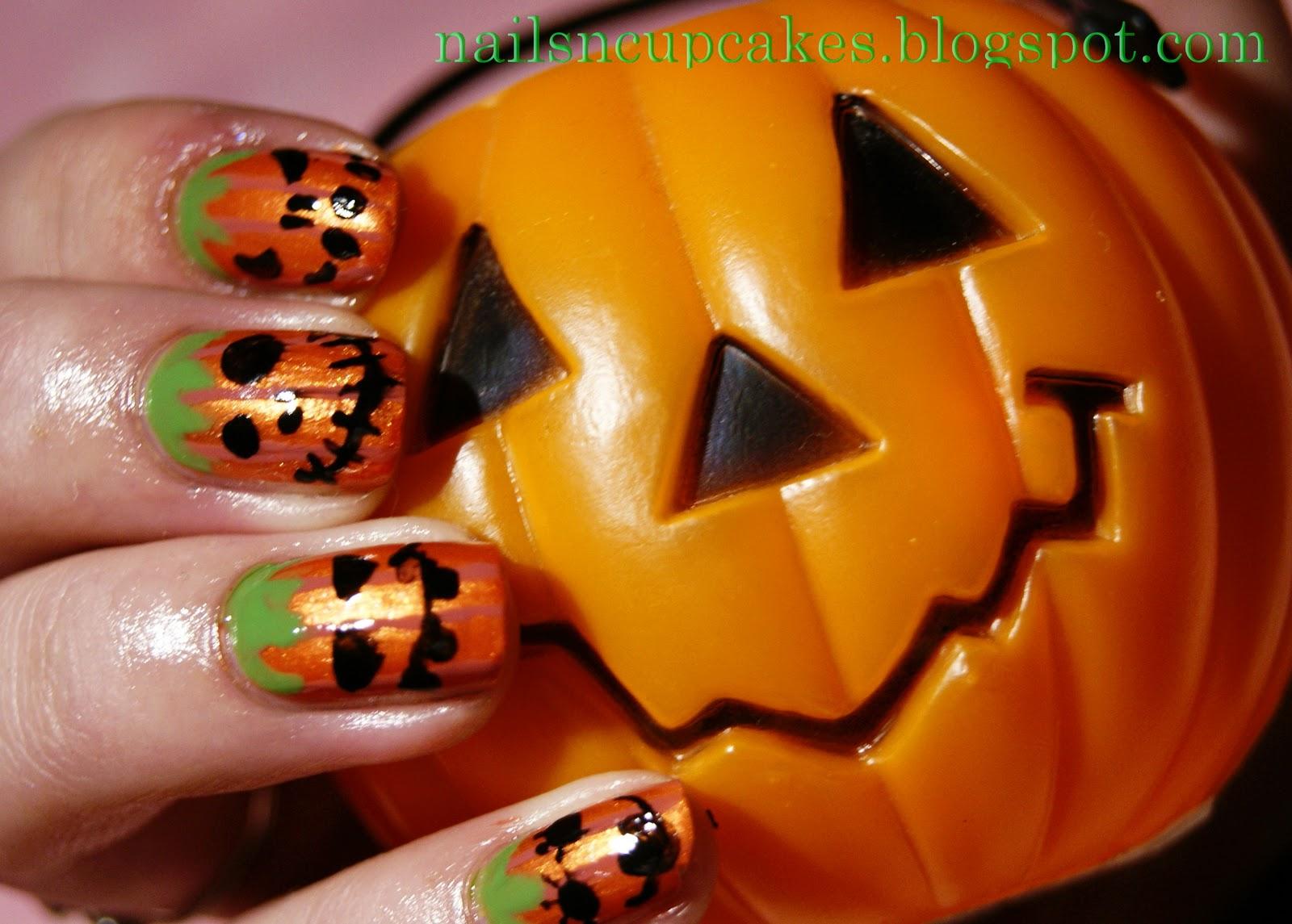 NailsN\'cupcakes: October 2011
