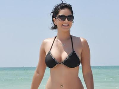 Sunny-Leone-Bikini