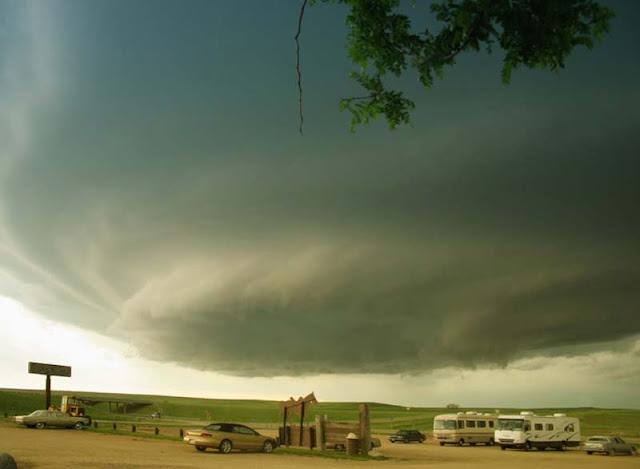 Maravillas de la naturaleza: Supercell, nubes de tormenta.