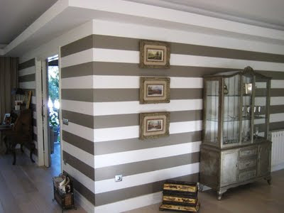Decoraciones y modernidades paredes pintadas en formas de for Paredes pintadas a rayas