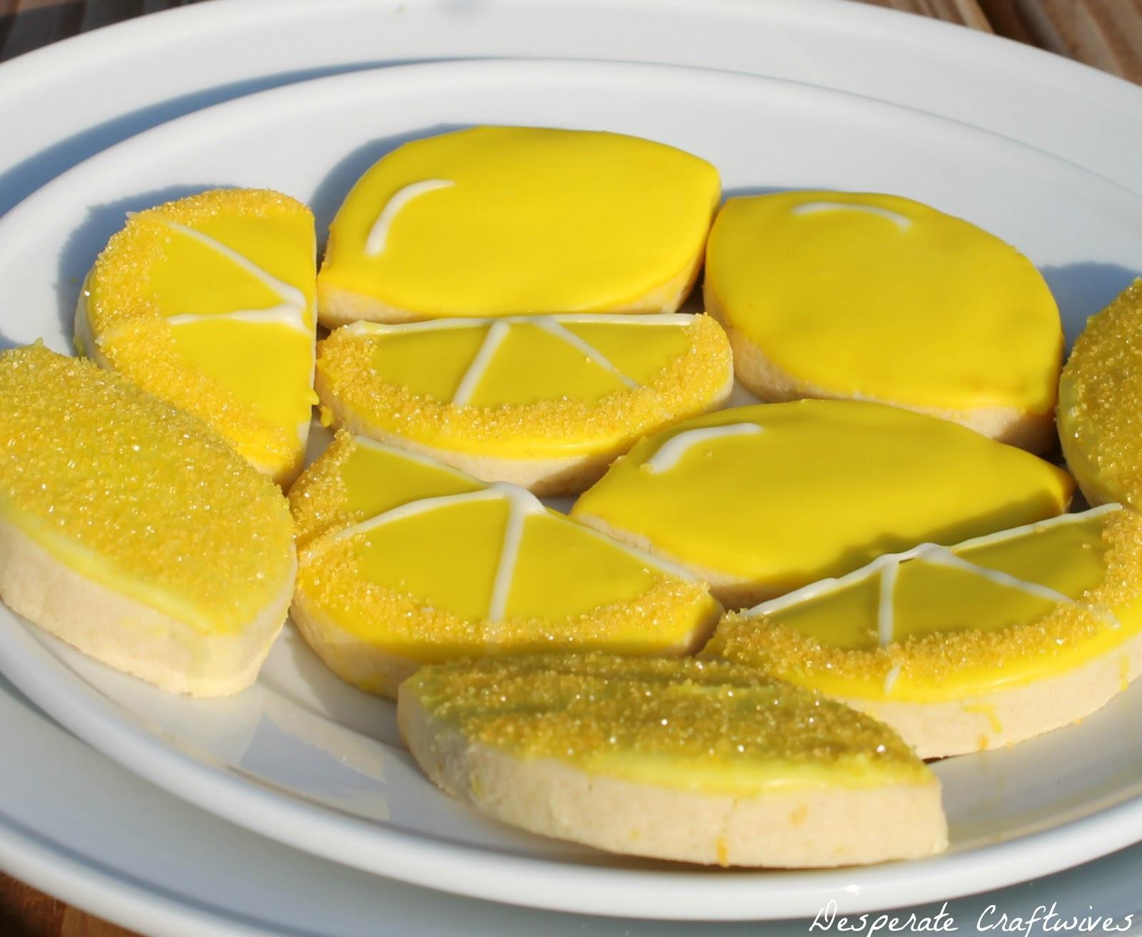 Desperate craftwives lemonade birthday party for Lemon shaped lemonade stand