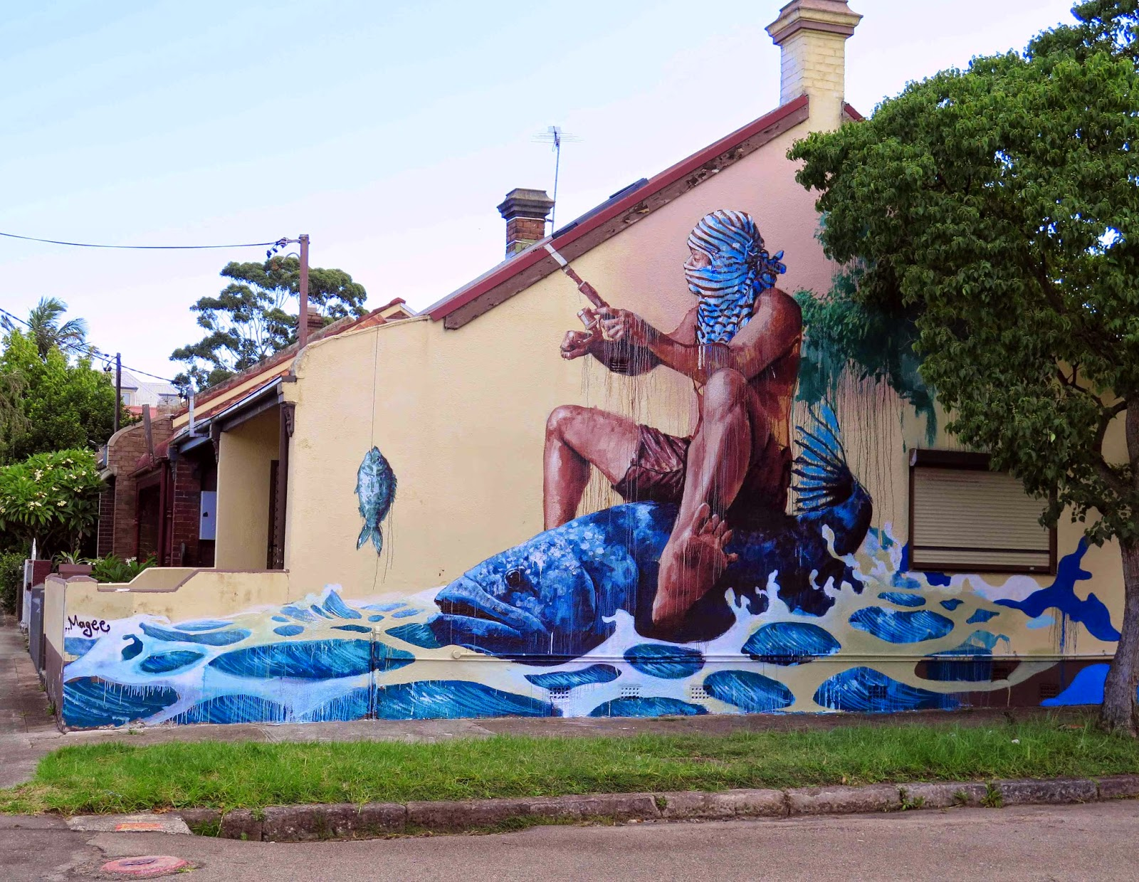 Constantly busy on the streets of Sydney, Australia, our friend Fintan Magee just sent us some sweet images from his newest mural in Leichhardt, a suburb in the Inner West of the city.