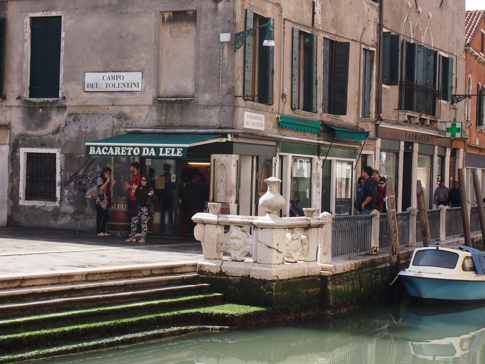 sandwich shop in Venice, Italy