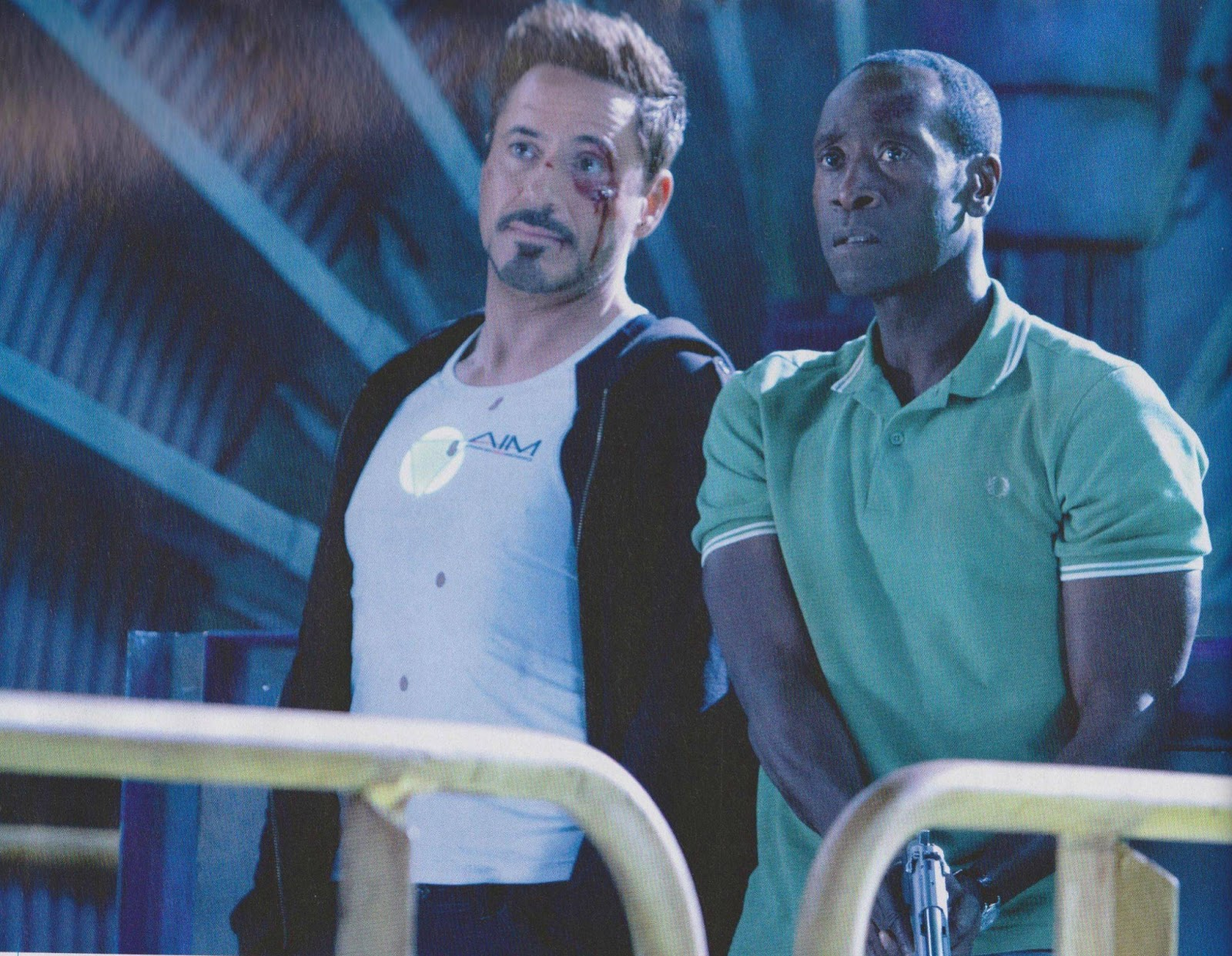 Iron Man 3 en Empire Magazine, Tony Star con camiseta de IMA /AIM