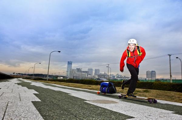 Perjalanan paling jauh menggunakan skateboard