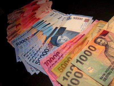 berita ekonomi rupiah stabil