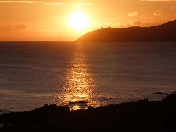 ocaso equinocia en el Cabo Finisterre