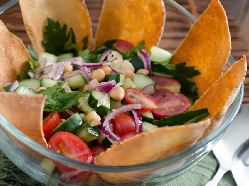 Salada Mediterrânea (vegana)