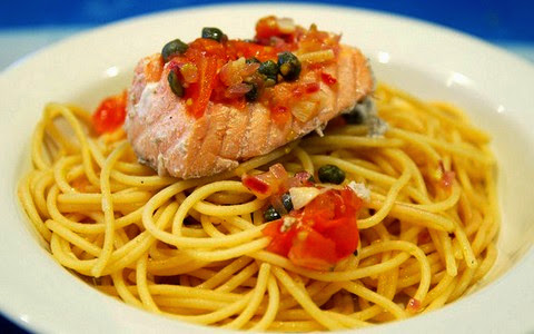 Poached Salmon with Spaghetti