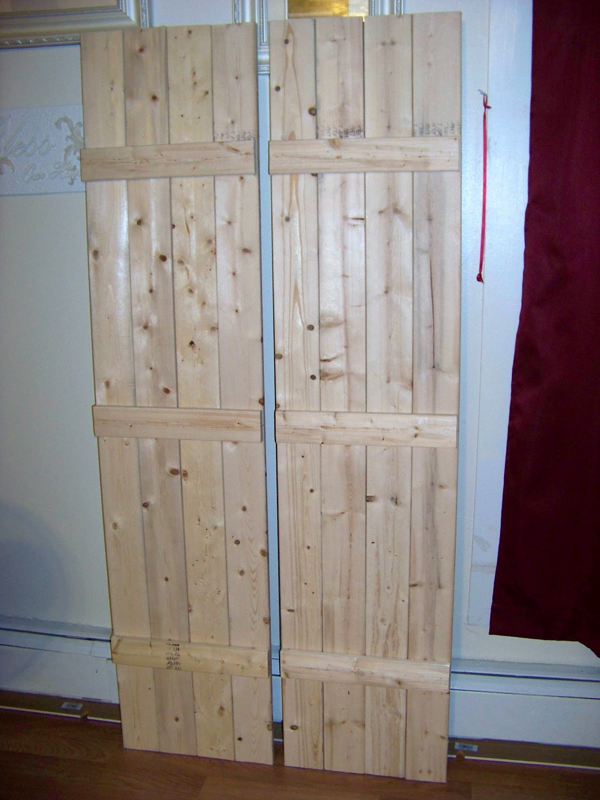 Beautify my home make your own board and batten shutters for Make your own shutters