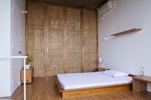 http://www.archdaily.com/453719/anh-house-s-na-nil-sanuki-nishizawa-architects/