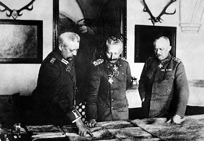Hindenburg el Kaiser Guillermo II y Ludendorff