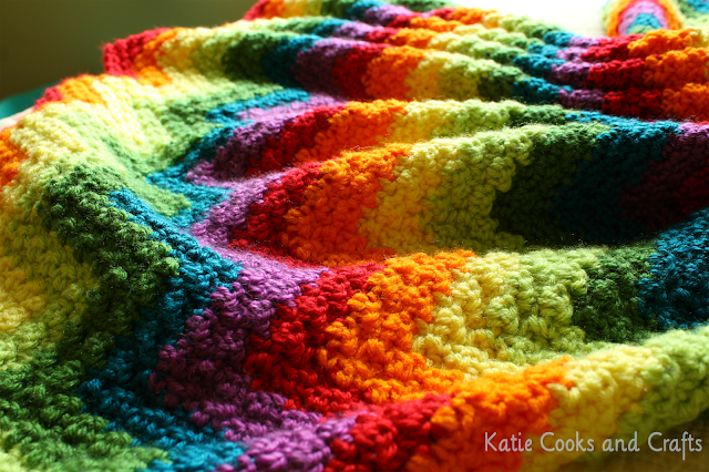 Crochet Patterns Ripple : ... Cooks and Crafts: Rumpled Ripple Rainbow Crochet Baby Afghan Pattern