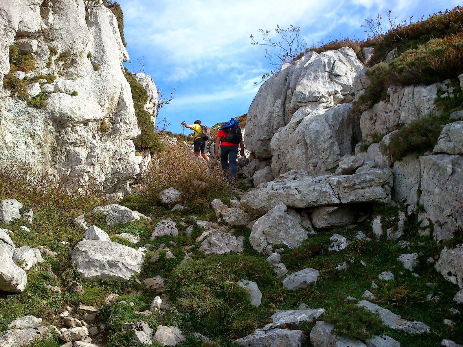 Ascendiendo por el pico la Copona.
