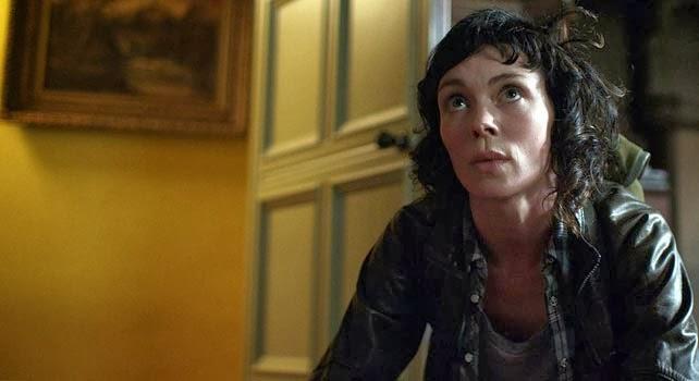 La protagonista de Utopia, Jessica Hyde, en un episodio de la serie inglesa