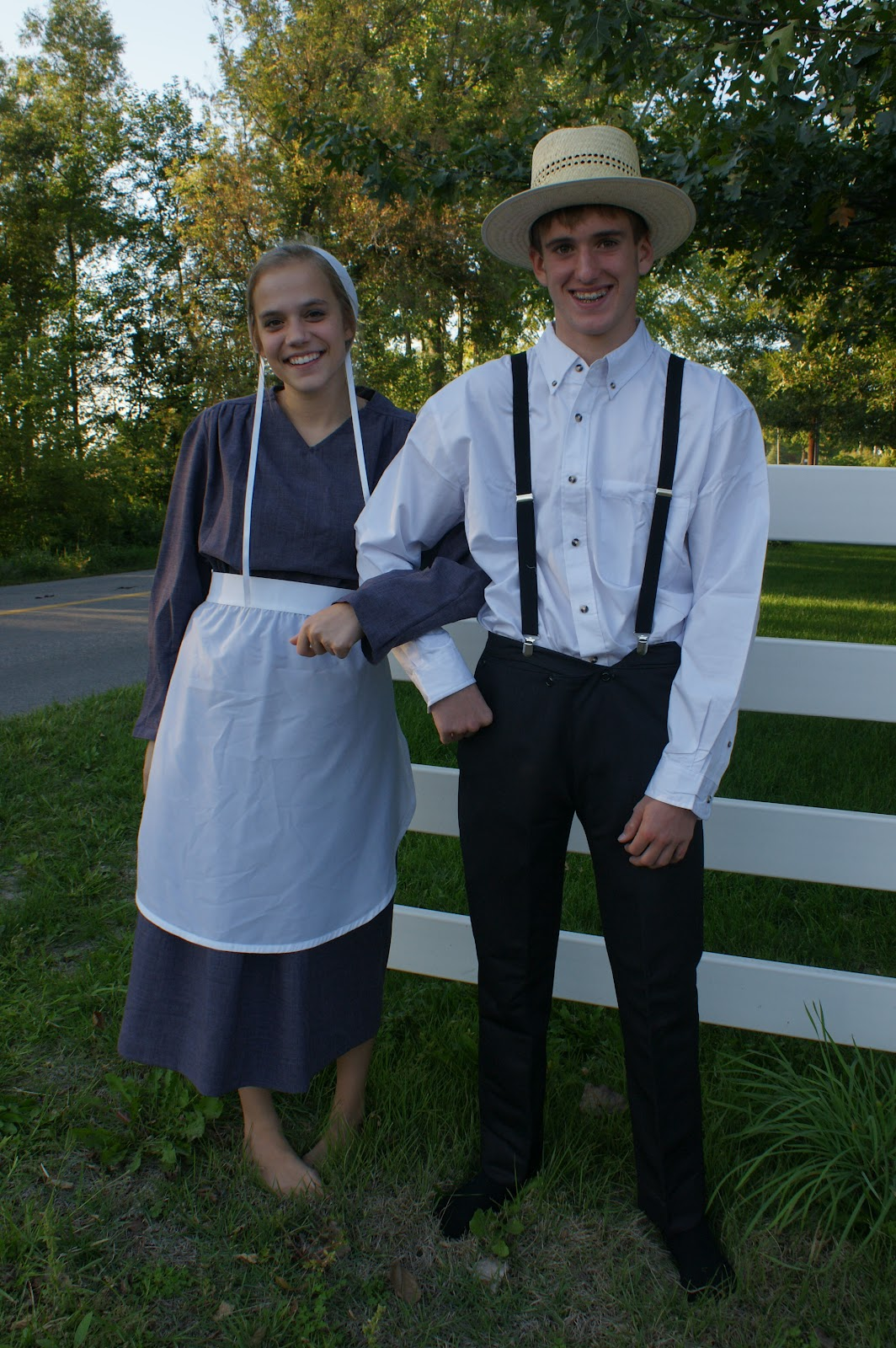 All things Amish: Costumes!