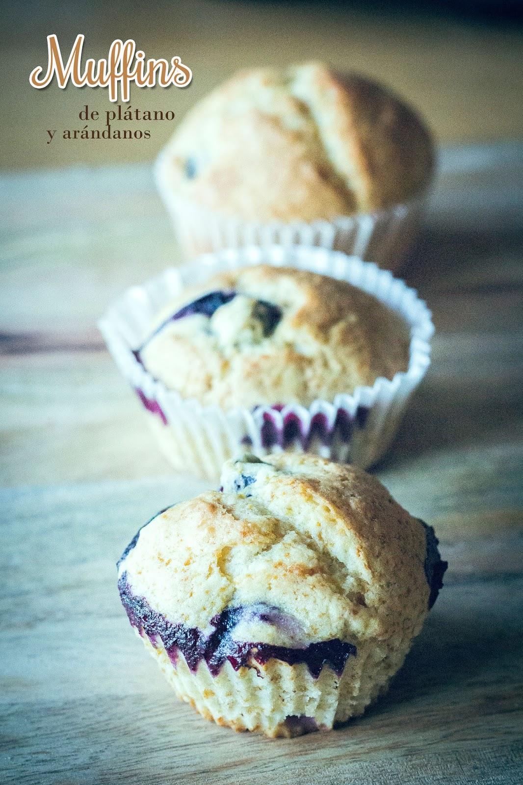 Cocina para novatos en tiempos de crisis muffins de platano con arandanos - Cocina para novatos ...