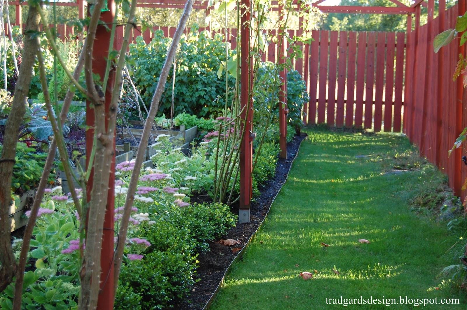 M/s design trädgård och keramik: innanför planket...