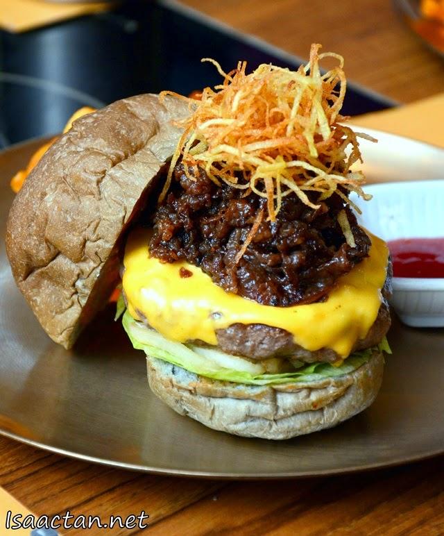 #4 Unyang Burger - RM28.90