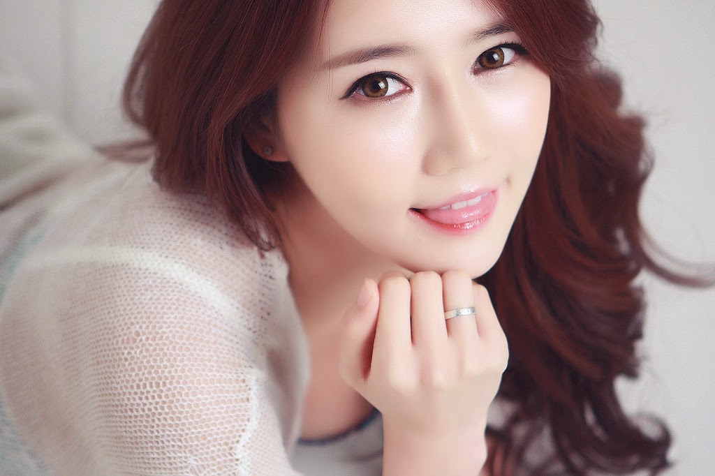 1 Han Ga Eun - Four Outfits - very cute asian girl-girlcute4u.blogspot.com