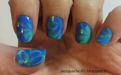 Marble Nail Art: Layla Ceramic Effect 83 e Kiko 384.
