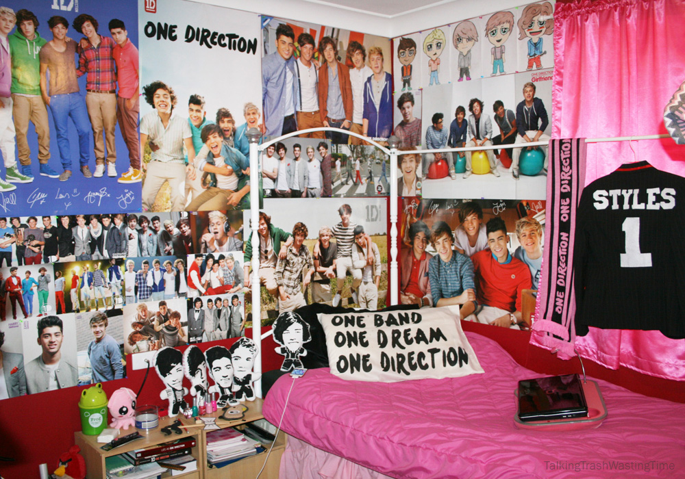 One direction teen bedroom now thats peachy for Bedroom quiz pinterest