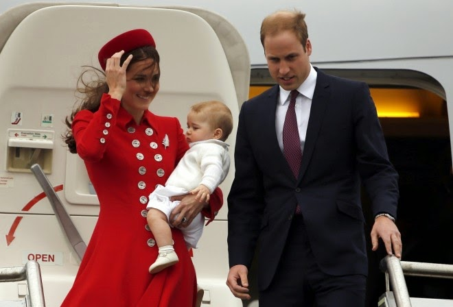 Wajah Terbaru Anak Putera William Dan Kate Middleton