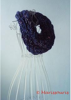 Tricoter un snood avec les bras