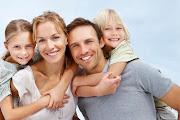 yakışıklı erkek ve ailesi
