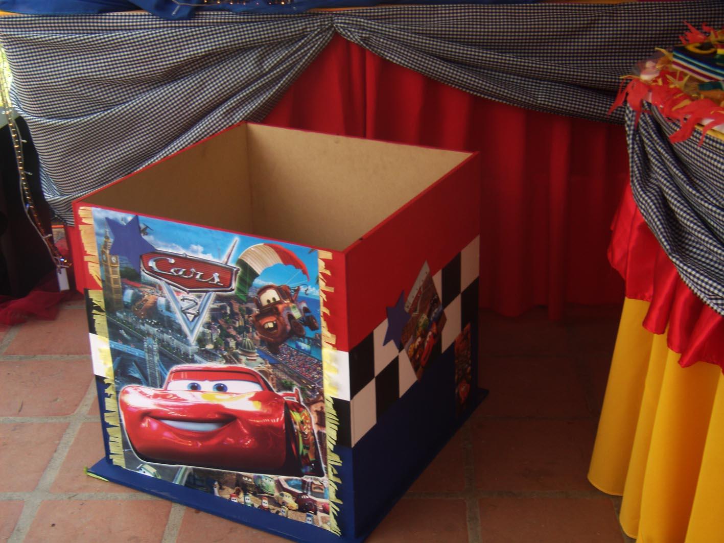 Agencia de festejos cajas de regalo centros de mesa y - Cajas de decoracion ...