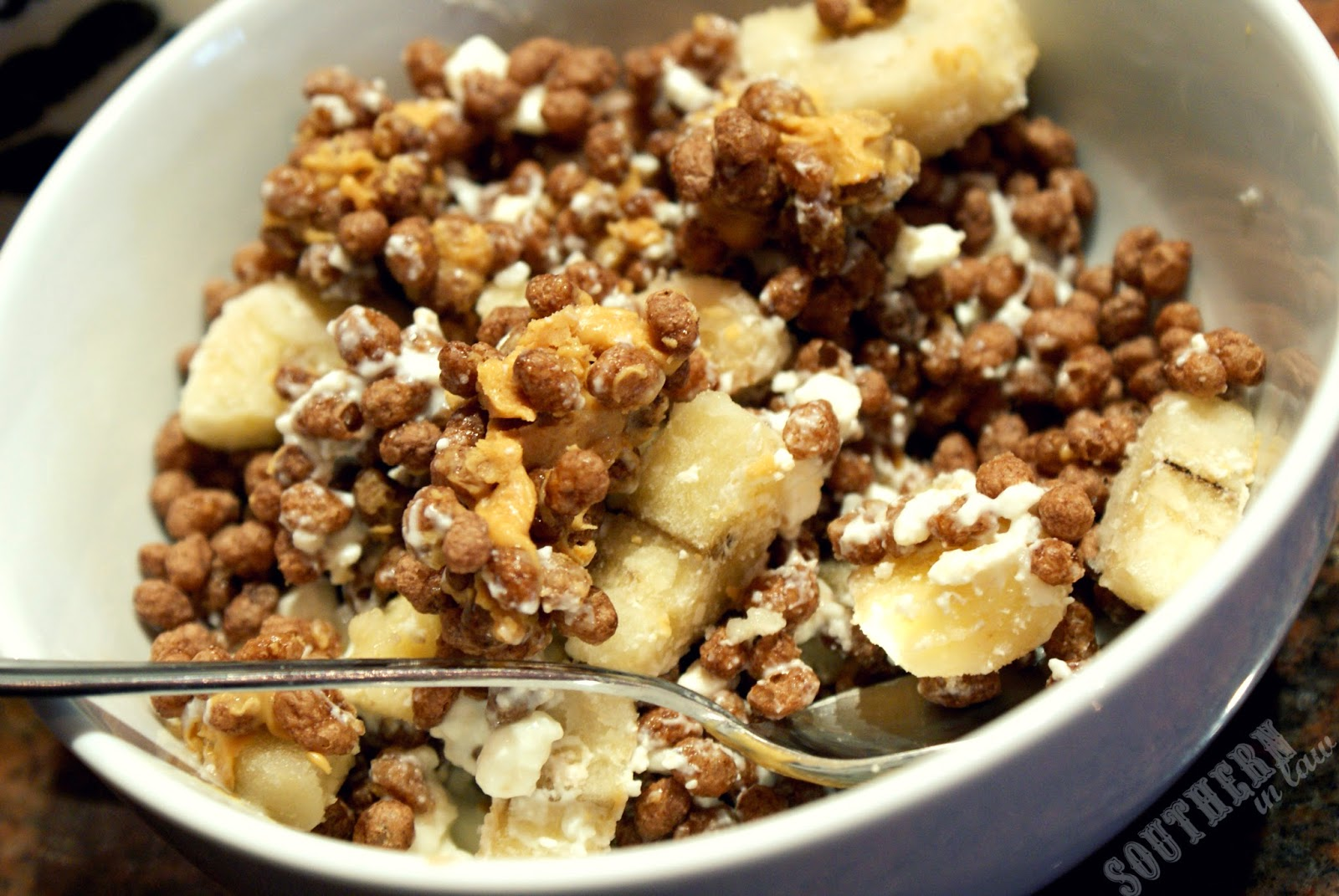 Cocoa Puffs Cereal Mess - Peanut Butter, Banana, Cottage Cheese  - Aldi Gluten Free Cereal Review