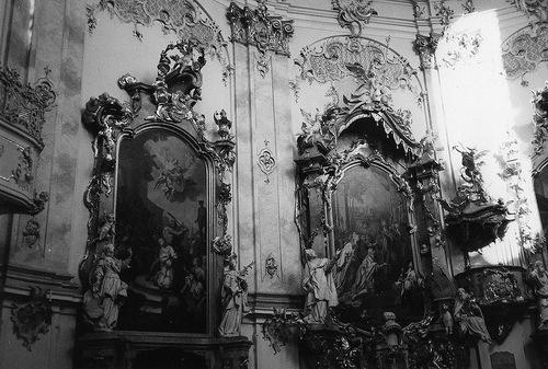 interior mural gothic decorating