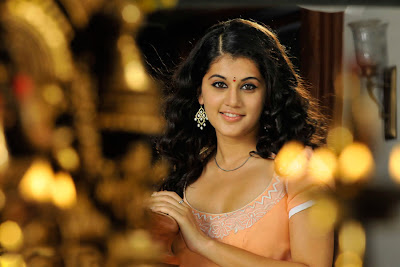 tapsee looking in mogudu cute stills