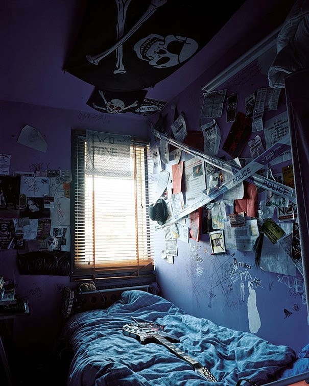 16 Children & Their Bedrooms From Around the World - Rhiannon, 14, Darvel, Scotland - Rhiannon's Room