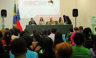 UEA abre 4º Simpósio em Educação em Ciências na Amazônia com conferência sobre tema do evento