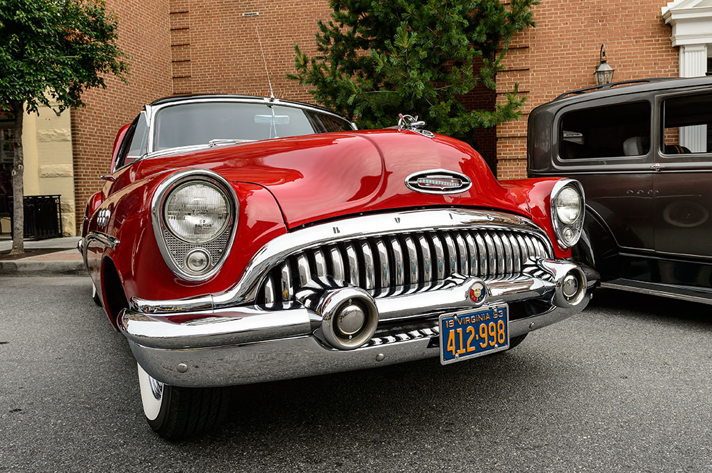 Ron and Elaine Bishop's 1953 Buick Super 8