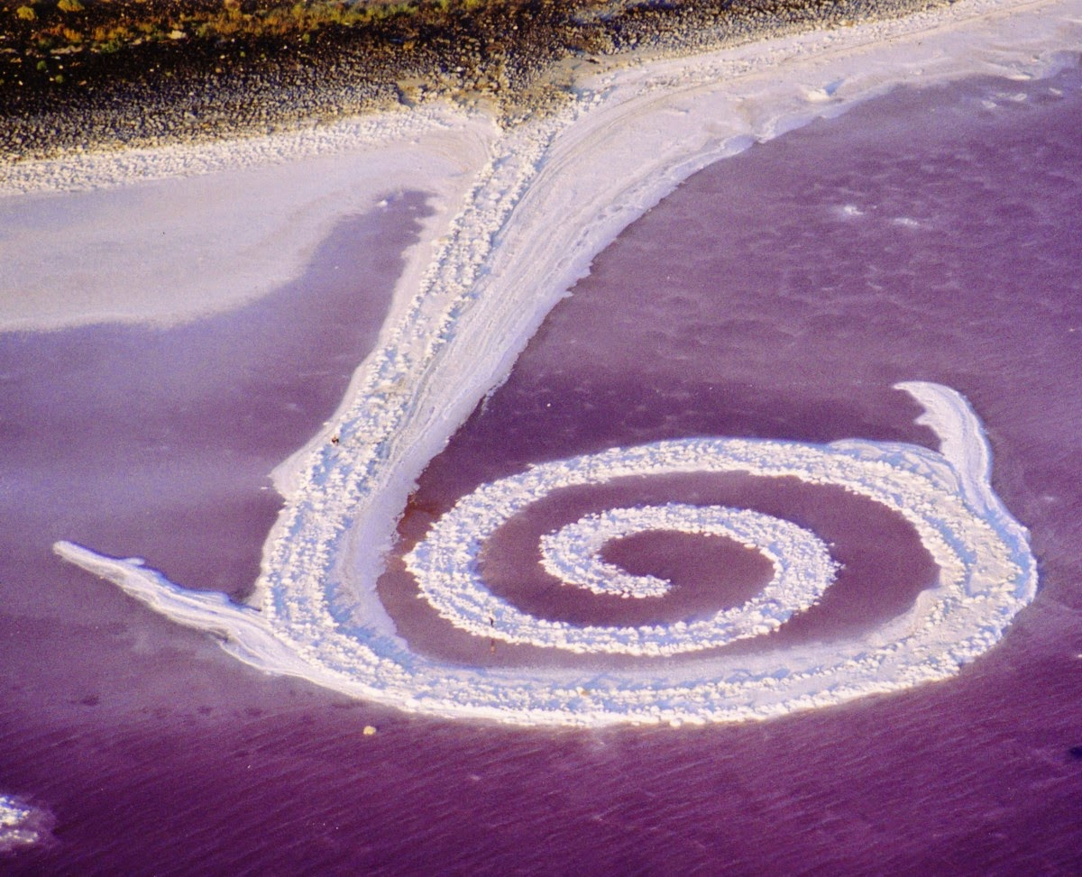 Robert Smithson Spiral Jetty, 1970, Great Salt Lake, Utah.