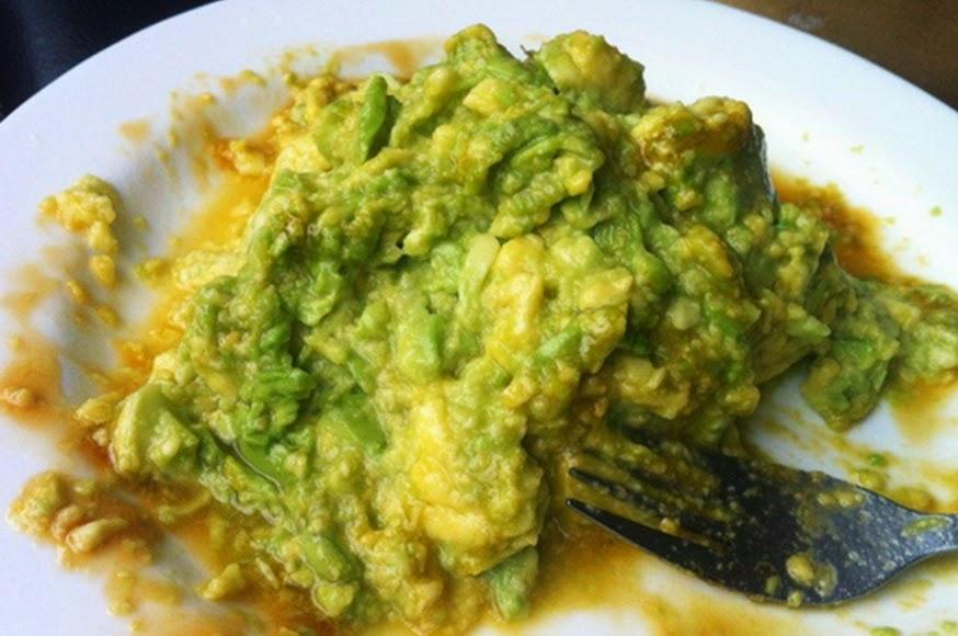 Abacate com Limão e Melado (vegana)
