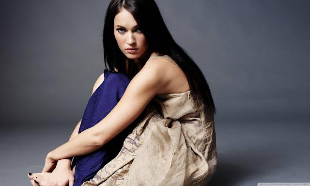 "<img src=""http://1.bp.blogspot.com/-21rS-6gQHqM/UggHITv5-GI/AAAAAAAADhk/fT9RozmJv4Q/s1600/megan_fox_52-wallpaper-1280x768.jpg"" alt=""Megan Fox wallpaper"" />"
