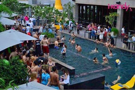 Top 10 places for pool party in delhi ncr know whats - Pullman central park swimming pool ...