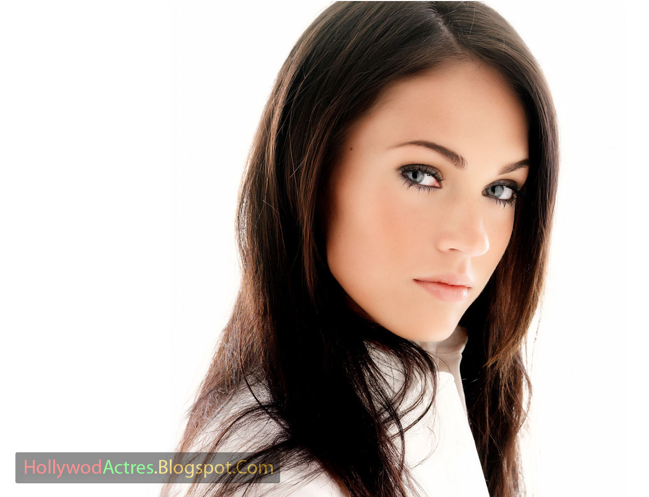 http://1.bp.blogspot.com/-21vIGeDyUQw/UQkV3noxYyI/AAAAAAAAIU4/vhrVEElx3t8/s1600/Megan+Fox+4.jpg