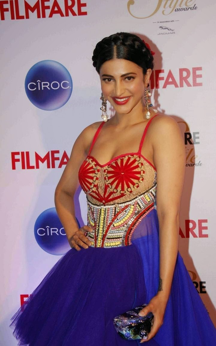 Shruthi Hassan at ciroc filmfare glamour & style awards