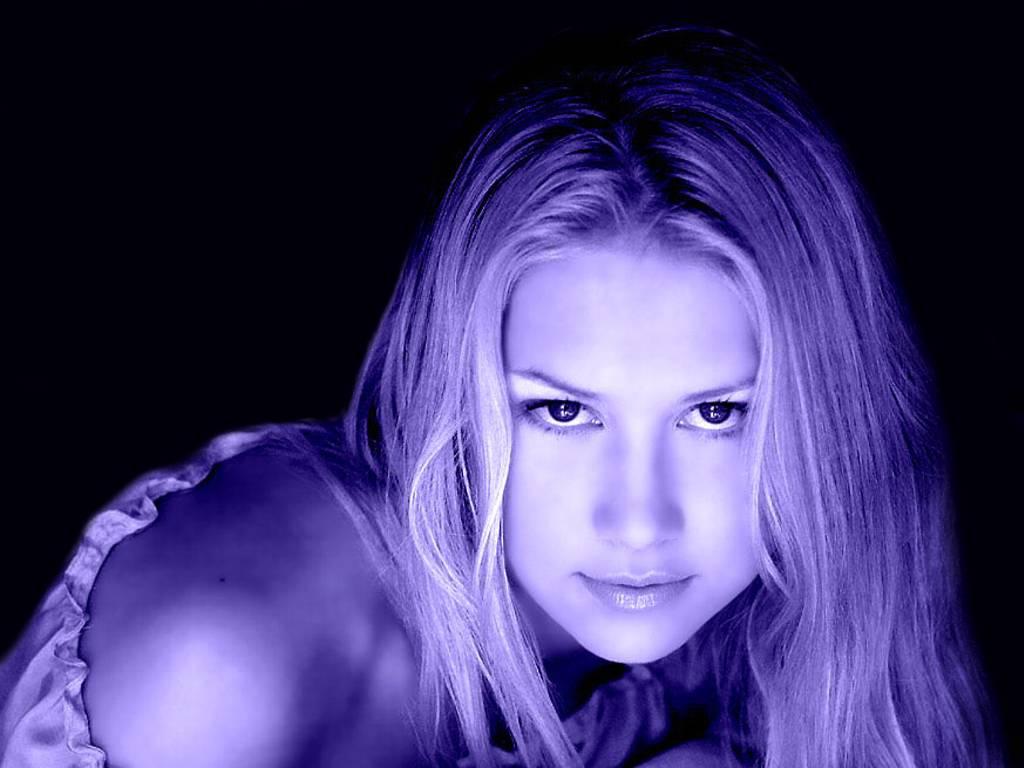 http://1.bp.blogspot.com/-21zWVRmjg_U/Te5zLXyj-II/AAAAAAAAALE/rZpodHPKvuA/s1600/Source-Anna-Kournikova-to-Join-The-Biggest-Loser.jpg