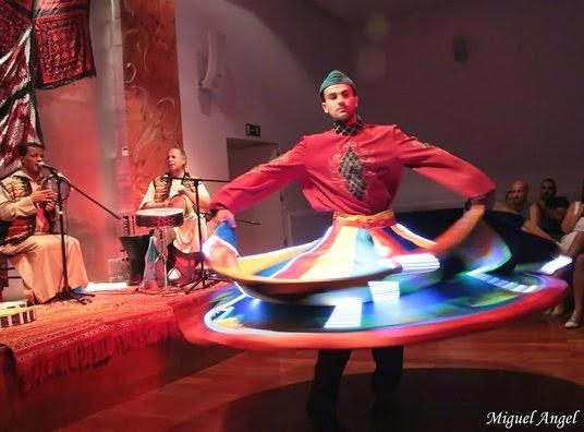 http://www.casaarabe.es/eventos-arabes/show/concierto-de-al-turaz-al-andalusi.html
