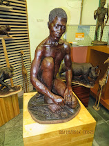 Lifelike carved wooden statue, Capetown Waterfront