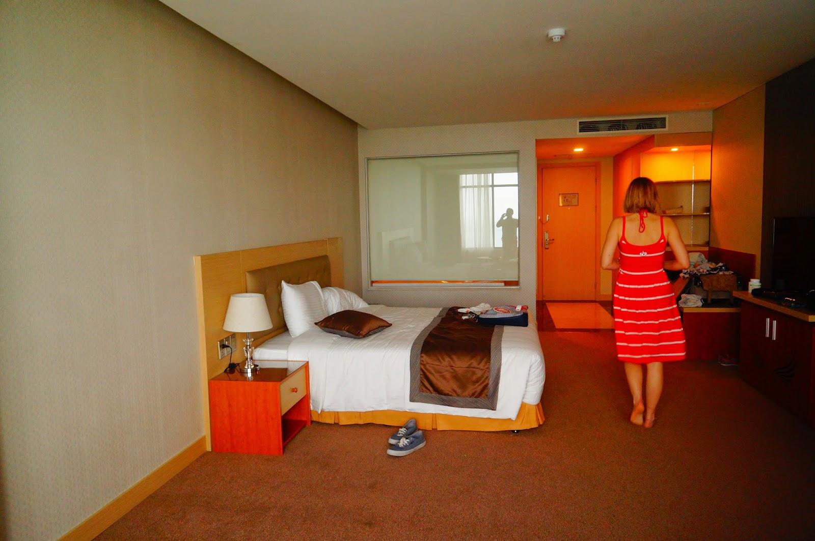 Muong-Thanh-Nha-Trang-Centre-Room