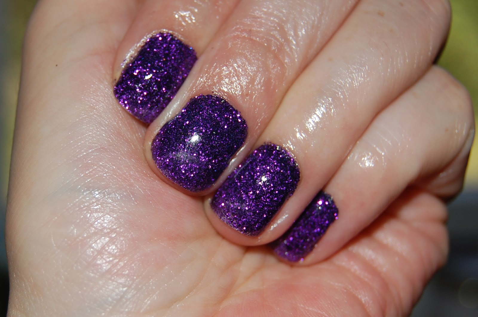 Lipstick Fridays - Beauty Blog: Purple Rockstar Nails