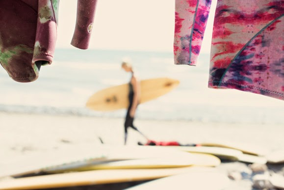 kassia surf,kassia meador,californie,surfergirl,combinaisons de surf,free people