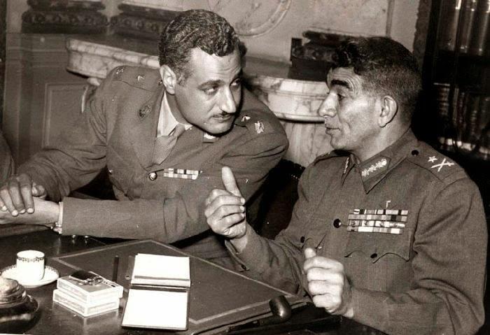 رؤساء مصر العسكريين الأول والثانى