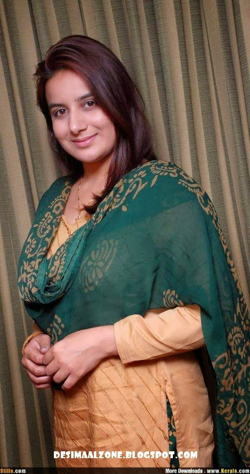 Desi Pakistani Maal Very Cute And Beautiful
